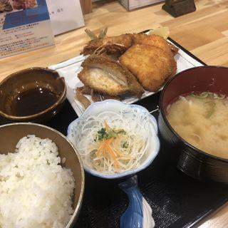 上ミックスフライ定食(浜めし 海鮮 ふぃっしゅ)