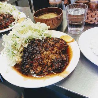 ハンバーグライス(禄明軒 (ロクメイケン))