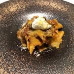 美食家のラグーミートソース ローズマリーを練り込んだ自家製パッパルデーレ