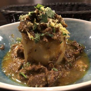 風呂吹き大根 北海道産仔羊スジ煮込みのソース(Enoteca 眞  (エノテカシン))