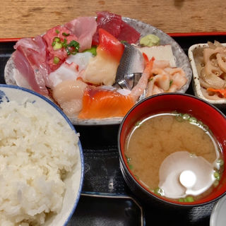 刺身定食(魚源商店 )