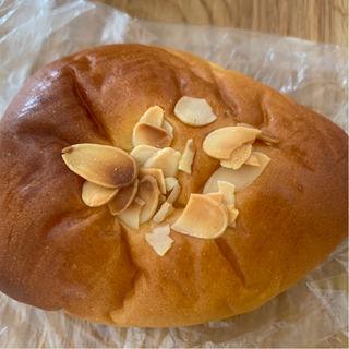クリームパン(手づくりパン屋 やぎぱん )