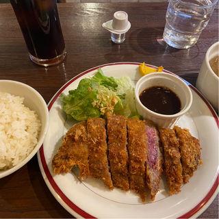霜降牛のレアカツレツ(ブリタ 東銀座店 (buri-ta))