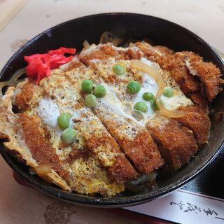 ジャンボチキンカツ丼(たぐち )