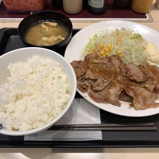 豚肩ロースの生姜焼定食 W定食(松屋 新宿大ガード店 )