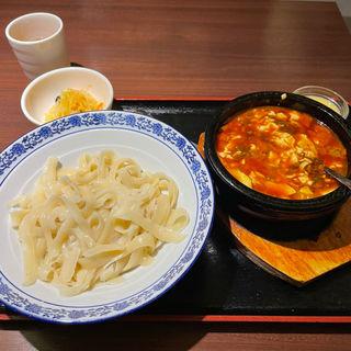 石焼麻婆豆腐刀削麺(創作中華料理 綿秀菜館)