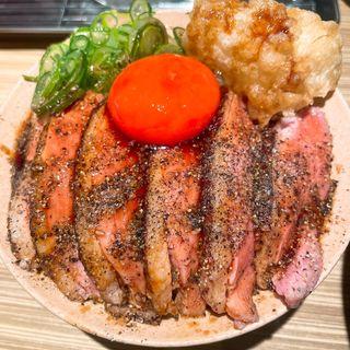 炙り鴨と白葱天子丼(本町製麺所 本店 )