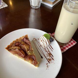 日替わりケーキセット(カフェ ユニゾン (CAFE UNIZON))