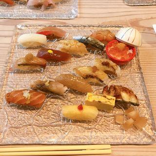 お寿司ランチ(15貫)(いわ志 本店 )