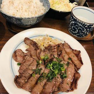 牛タン塩焼きセット(しずる)