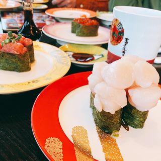 ほたてがんこ盛り軍艦(金沢まいもん寿司たまプラーザ店)
