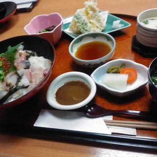海鮮丼(石室)