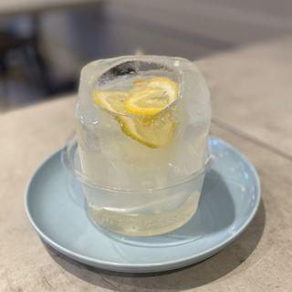 氷の生レモンスカッシュ