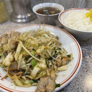 肉野菜炒め定食(ラーメン王 後楽本舗)