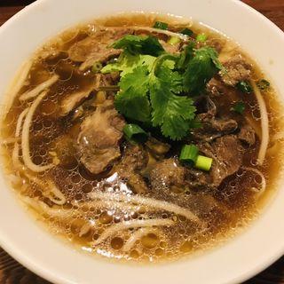 クィティアオ ヌァ プァイ 牛筋入り汁麺