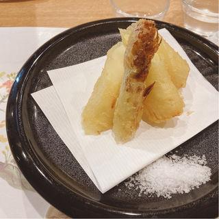 天ぷらの盛り合わせ(日本料理 秀たか)