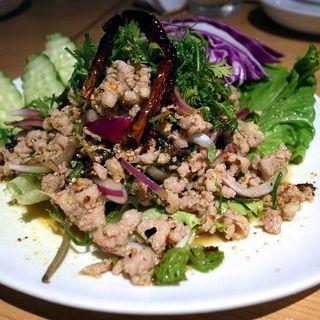 ラープガイ(鶏ひき肉のハーブ和え)(タイ田舎料理 クンヤー )