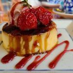 苺のクリームブリュレ 苺アイス添え