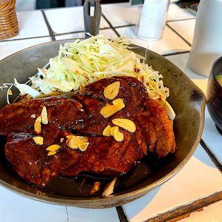 大トンテキ定食(渋谷トンテキ)