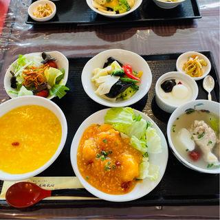 元気ご飯セット 土曜日限定いろいろ選べるランチ(薬膳 天地・礼心 東方人康食養館)