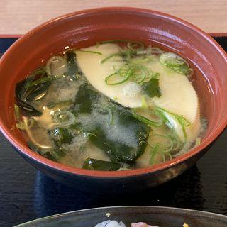 穂先筍とわかめの味噌汁