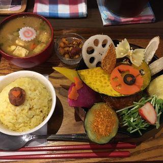 煮込みハンバーグカレー膳(タケウチ 神保町本店 (TAKEUCHI))