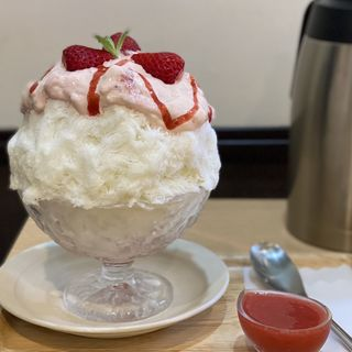 生いちごクリームチーズパンナコッタ(GOFUKU)