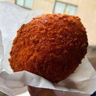 カレーパン(小麦と酵母 満 ecute日暮里店 (みつる))