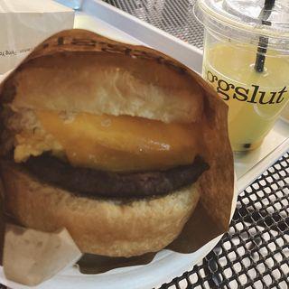 Route 20 Sandwich + OJ(eggslut 新宿サザンテラス店)