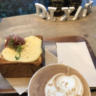 チーズトースト(ディゾン (DIXANS))