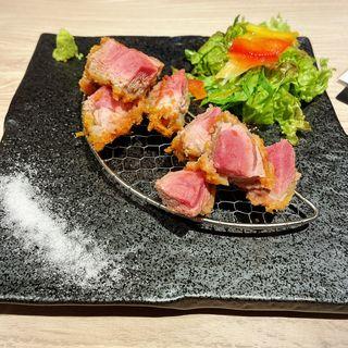 芳寿豚のヒレカツ(ふぐぶた酒場)
