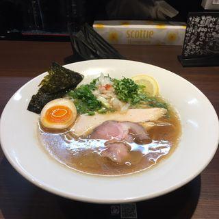 鯛白湯そば ¥780(らーめん 鞍)