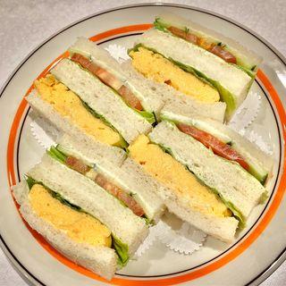 玉子・サンドゥイッチと野菜・サンドゥイッチ