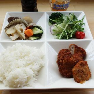 ヒレカツ定食(cafe ginkgo(カフェ・ジャンコ))