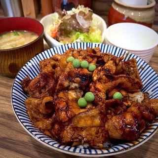 豚丼セット(豚や 西神田店 )