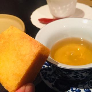 パイナップルケーキ(Creative Chinese Restaurant Saburo-Aoki)