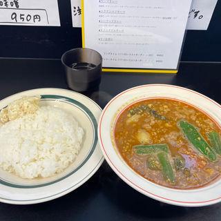 ナット挽肉カレー(カレー魂 デストロイヤー 北14条)