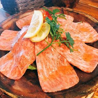 牛タンのカルパッチョ(肉バル KACCHAN (ニクバル カッチャン))