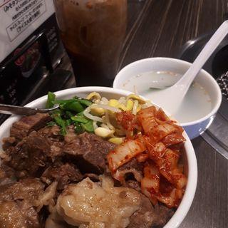 ランチ牛丼、アイスコーヒー付き(焼肉スタジアムJAN(ジャン))