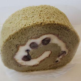 ヨモギのロールケーキ