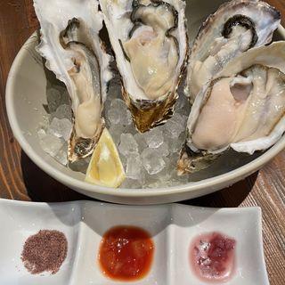 殻付き生牡蠣4種