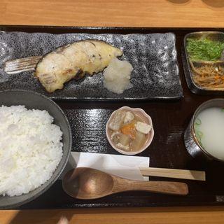 魚定食:くろむつさいきょう(酒と飯 トリイチ)