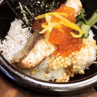 鮭と漬けイクラの海鮮茶漬け(だよね。 )