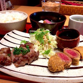 牛カツ&山形豚の塩麹焼き(エビス バー 東京ドームシティ店 (YEBISU BAR))