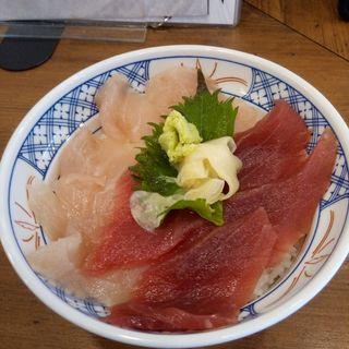 マグロ2色丼