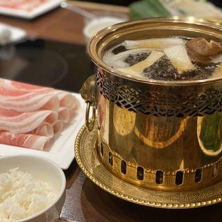 きのこ鍋(四季茸)