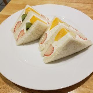 フルーツサンド(ホットケーキパーラーFru-Full赤坂店)