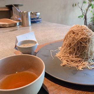 紗織「絽」、和紅茶(紗織)