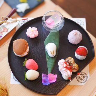 春告げ兎と苺のおかし(五木茶屋 (イツキチャヤ))