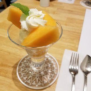 マンゴーのミニパフェ(ホットケーキパーラーFru-Full赤坂店)